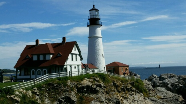 lighthouse-maine_karen